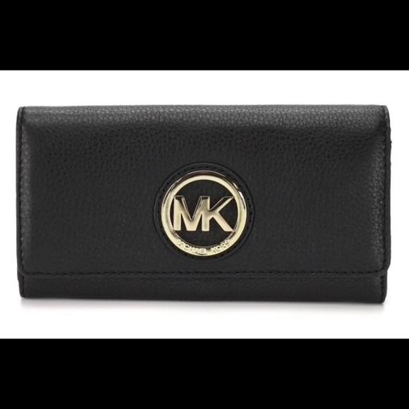 ca392d93c62e Michael Kors Bags | Signature Fulton Wallet | Poshmark